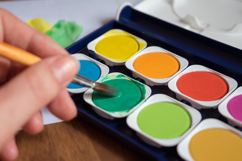 Aquarell Pinsel und Farbkasten